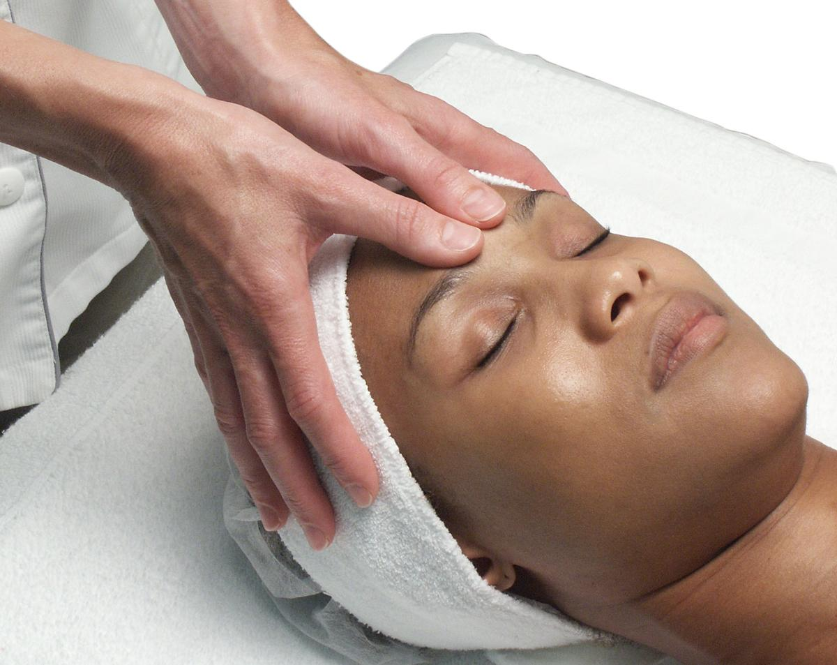reizen massage donkere huid